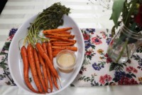 whole-roasted-carrots-with-stems