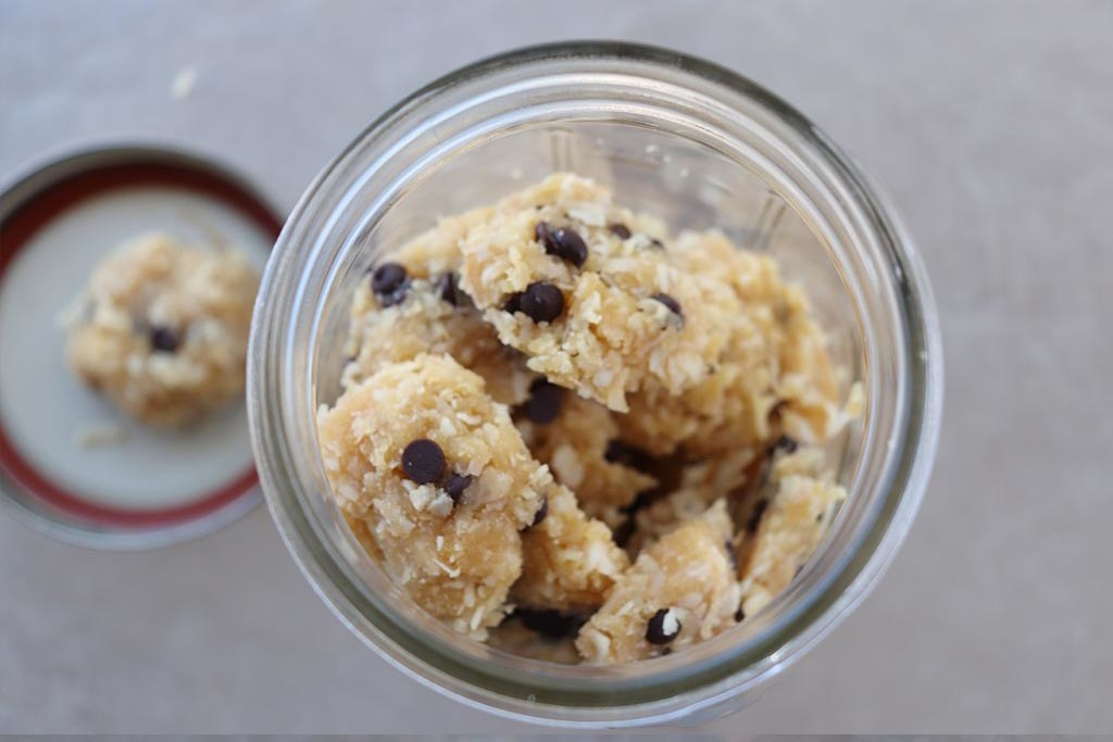Chocolate-chip-cookie-dough-macaroon-recipe