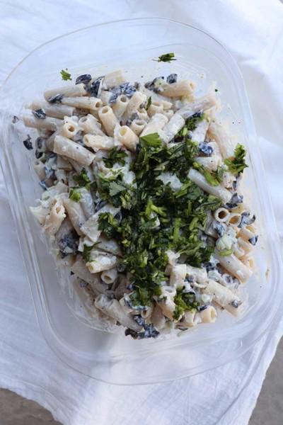 pasta-salad-cilantro-black-olive