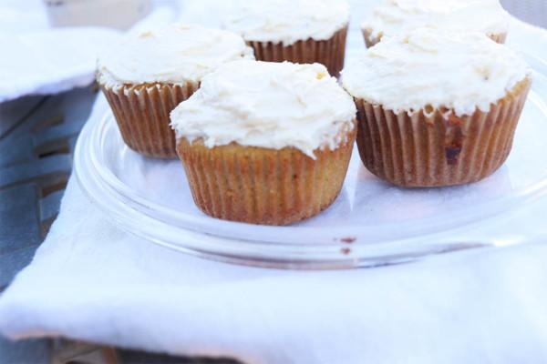 vanilla-paleo-cupcake-recipe